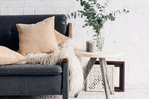 Furniture & Home Accents